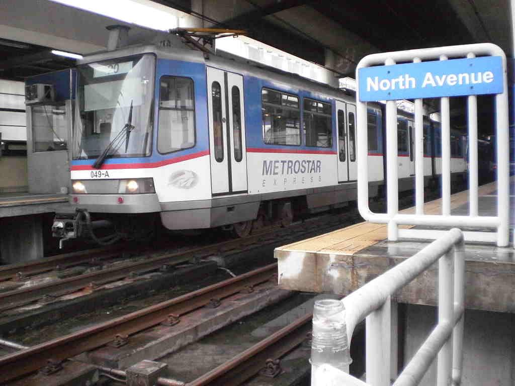 Zážitek z jízdy metrem (MRT) v Manile