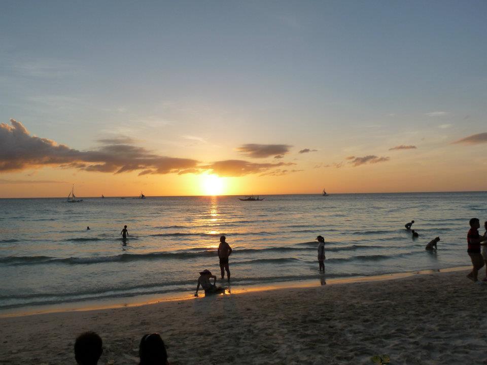 Krásný západ slunce, White beach, Boracay