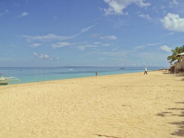 Pláž na Kawit