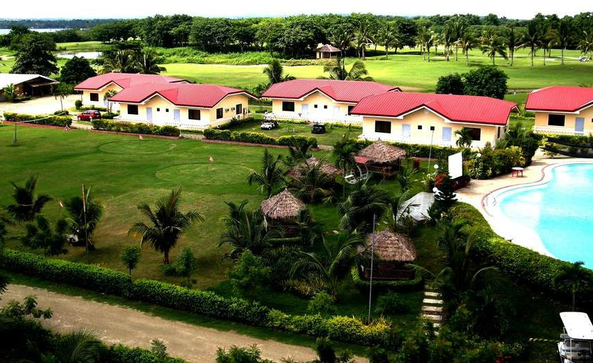Mercedes Village and country club