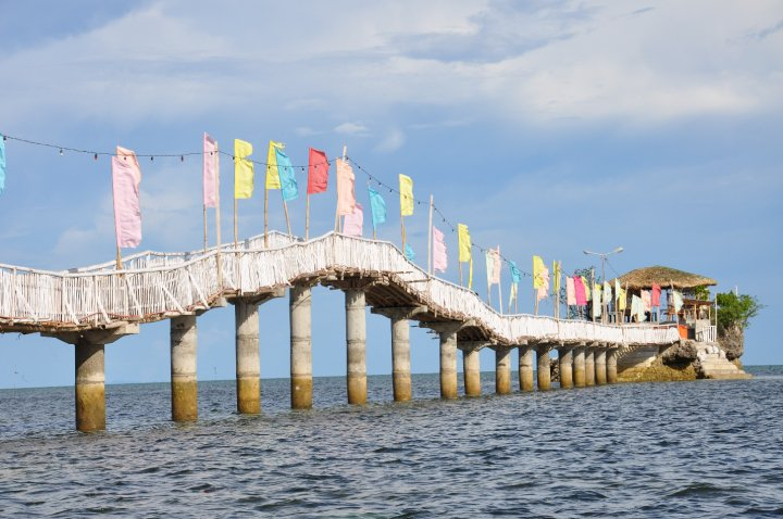 Hideaway, bambusový most