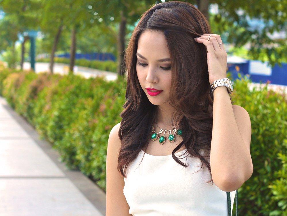Nesnažte se vaší krásnou Filipínku přesvědčovat, že žádný Bůh není, zdroj: itsparadigma.com