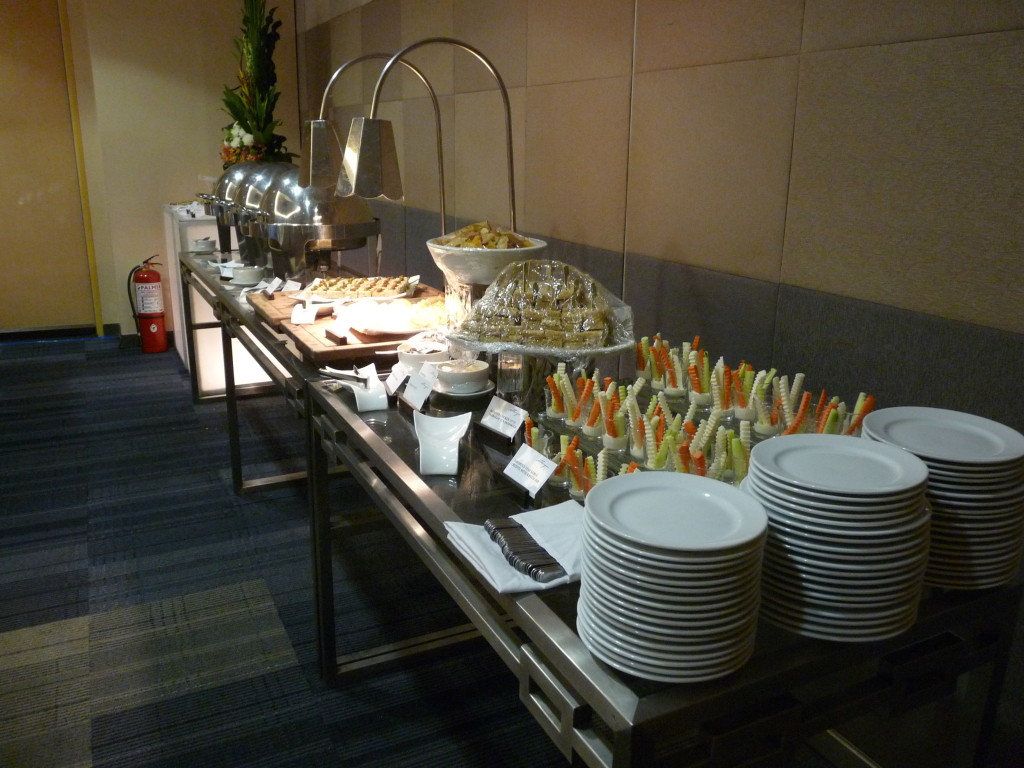 Na závěr byla na Filipínách takzvaná Merienda, tzn jídlo mezi obědem a večeří.