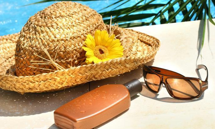 Nezapomeňte na opalovací krém a brýle proti slunci